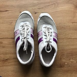 Champion purple and white sneaker tennis shoes 7.5